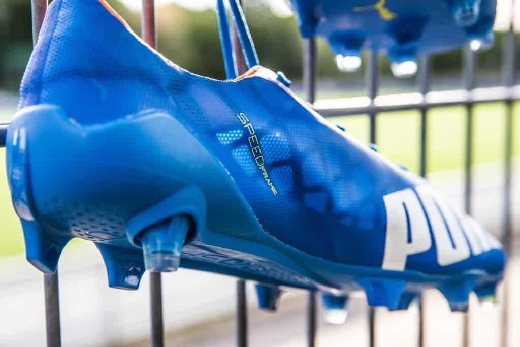 chaussure-football-puma-evospeed-sl-bleu-electrique-7-min