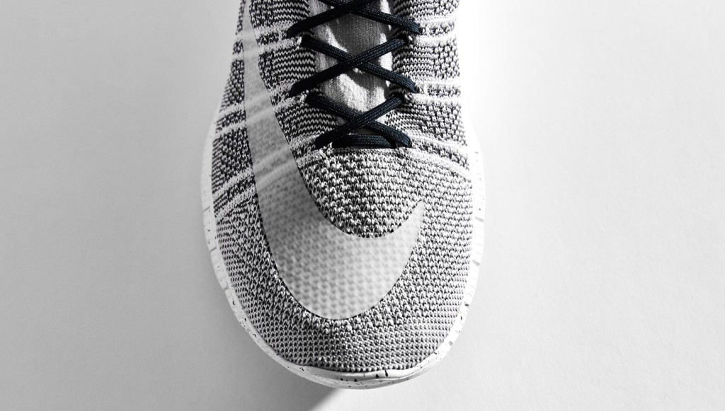 chaussure-sportstyle-nike-free-mercurial-superfly-blanc-noir-2