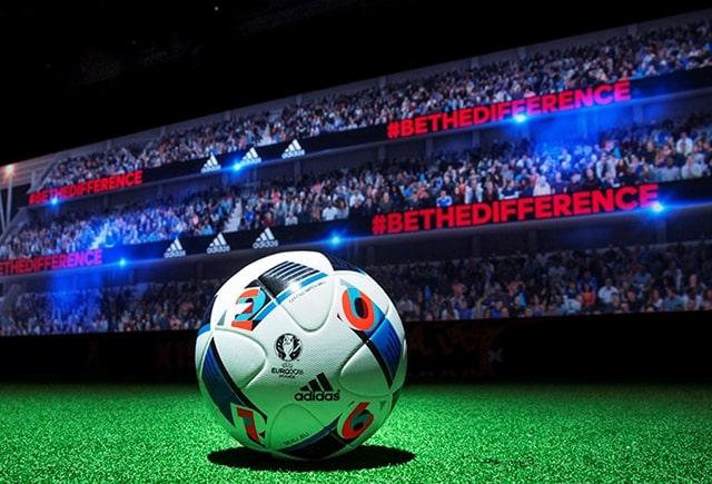 http://www.footpack.fr/wp-content/uploads/2015/11/ballon-adidas-officiel-euro-2016-beau-jeu.jpg
