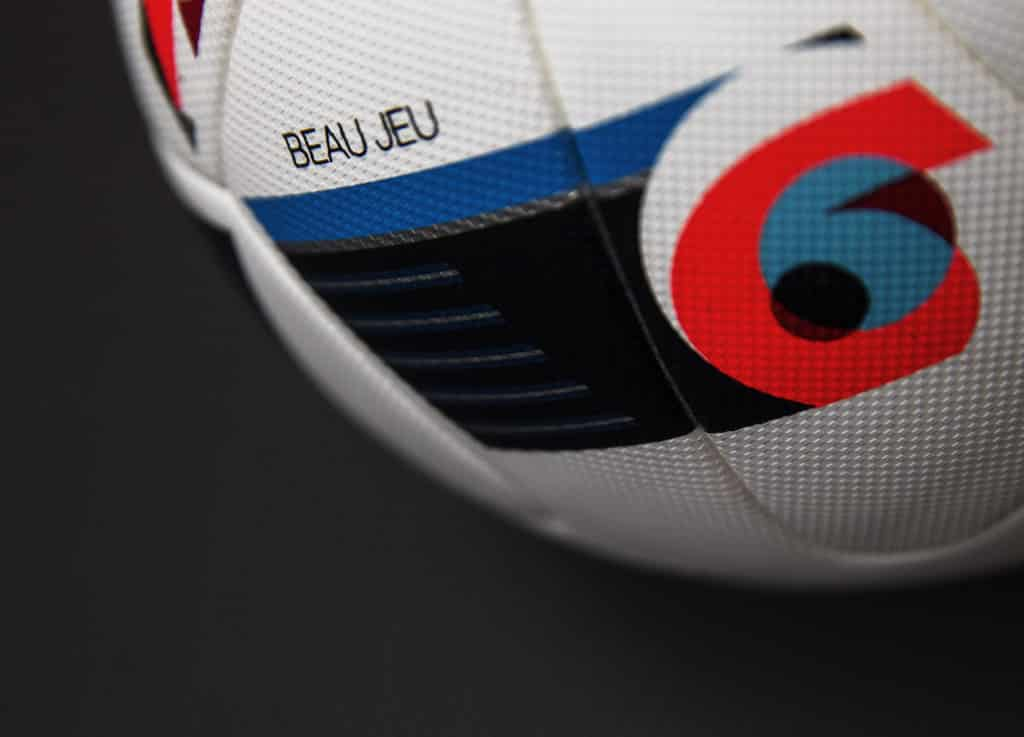 ballon-football-adidas-beau-jeau-euro-2016-2