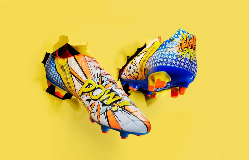 http://www.footpack.fr/wp-content/uploads/2015/11/chaussure-football-puma-evoPOWER-pop-art-cartoon-6-min-1050x677.jpg