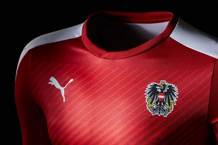 Surprise des phases éliminatoires, l'Autriche et son équipementier Puma vient de dévoiler ses nouvelles tenues pour l'Euro 2016.