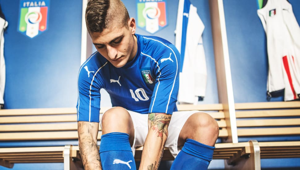 http://www.footpack.fr/wp-content/uploads/2015/11/maillot-domicile-puma-italie-euro-2016-3.jpg