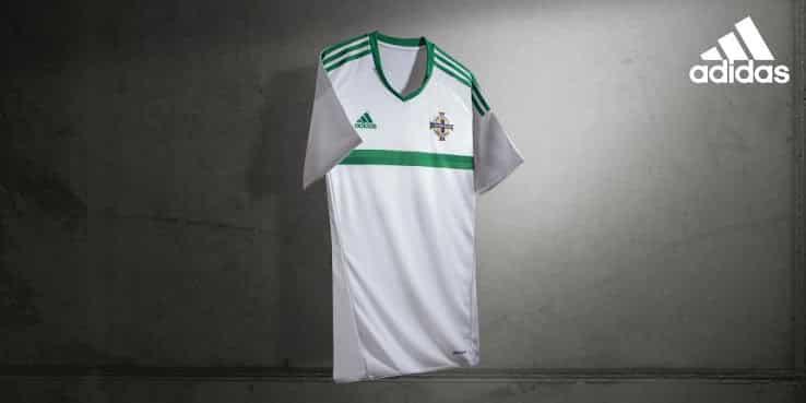 http://www.footpack.fr/wp-content/uploads/2015/11/maillot-irlande-du-nord-exterieur-euro-2016.jpg