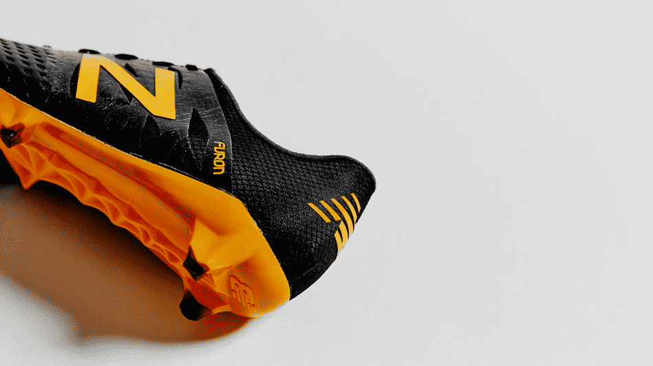 http://www.footpack.fr/wp-content/uploads/2015/11/new-balance-furon-black-impulse-orange-8.png