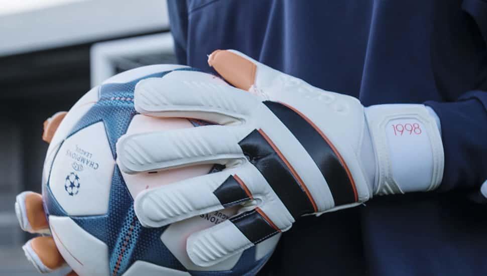 gants-football-adidas-history-pack-1998-barthez-2