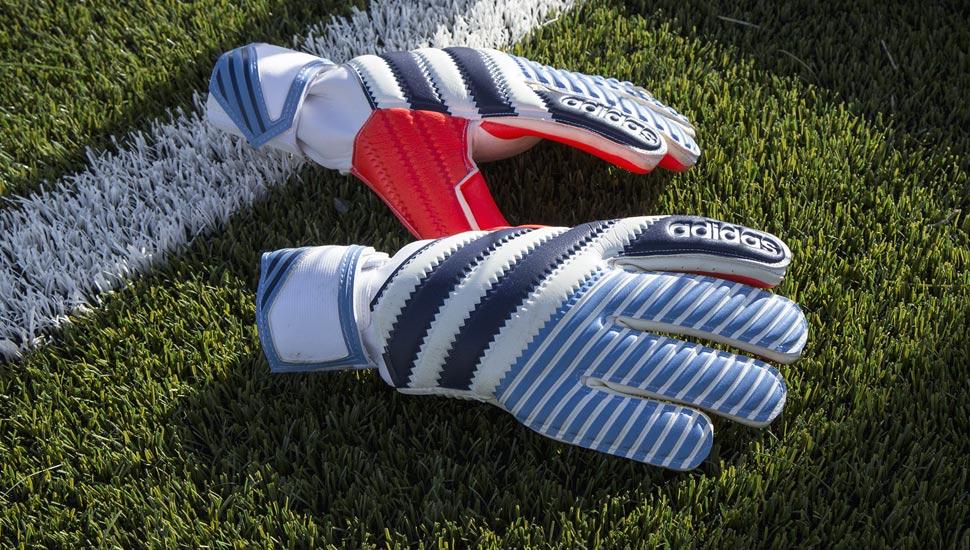 gants-football-adidas-history-pack-2