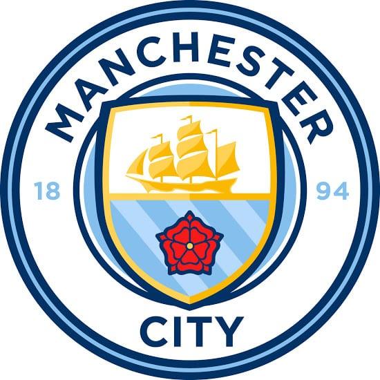 Après avoir consulté ses supporters, Manchester City vient de dévoiler son nouveau blason qui sera utilisé à partir de la saison 2016-2017.