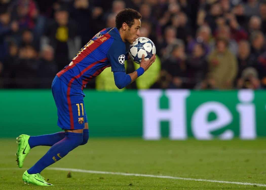 http://www.footpack.fr/wp-content/uploads/2016/01/Neymar-nike-mercurial-vapor-1050x749.jpg