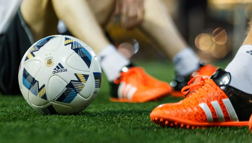 ballon-football-adidas-argentum-2016-1