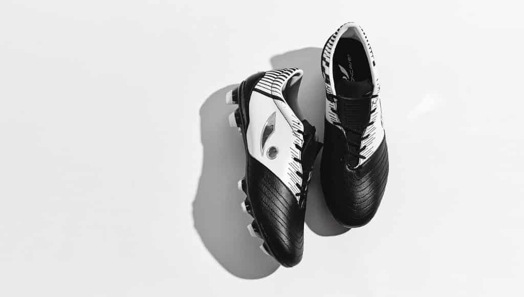 chaussure-football-concave-quantum+