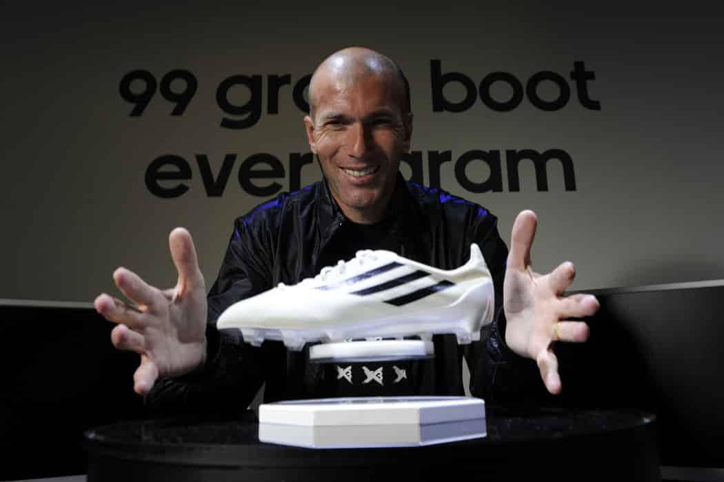 http://www.footpack.fr/wp-content/uploads/2016/01/chaussure-football-zidane-1050x699.jpg