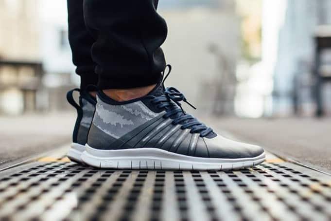 chaussure-lifestyle-Nike-Free-Hypervenom-2-FS-Flat-Silver