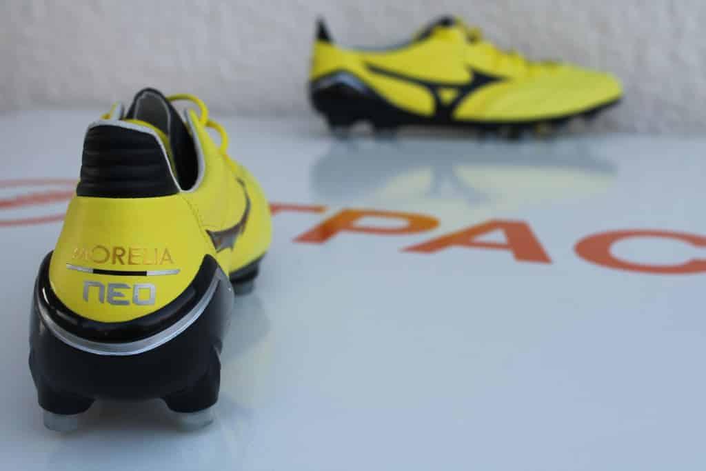 test-chaussure-foot-mizuno-morelia-neo-10-min