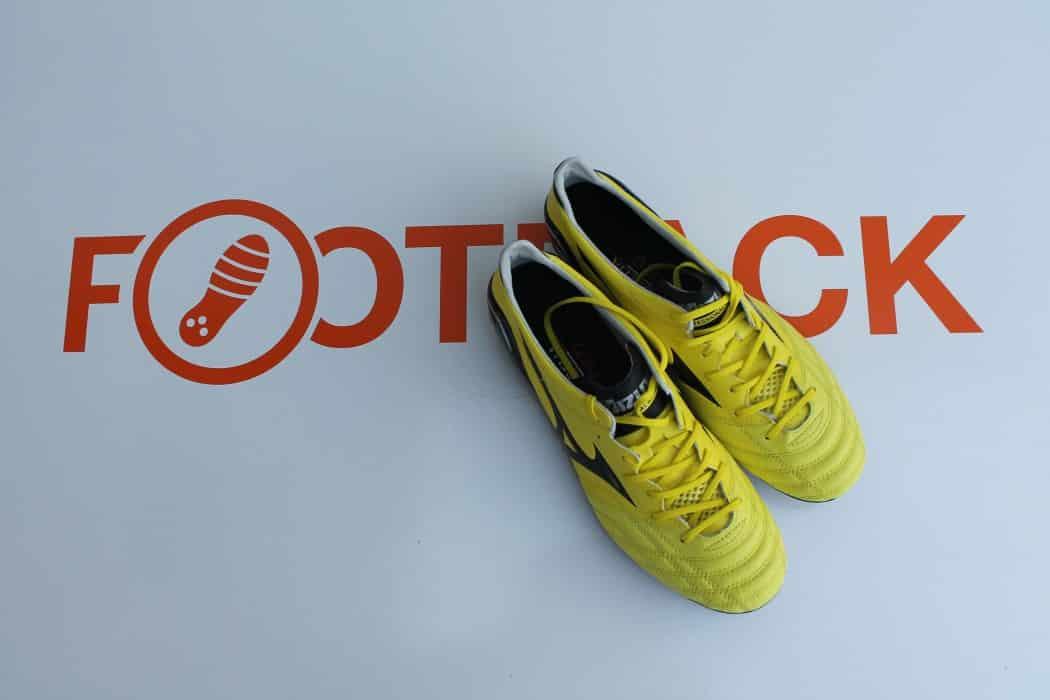 http://www.footpack.fr/wp-content/uploads/2016/01/test-chaussure-foot-mizuno-morelia-neo-12-min-1050x700.jpg