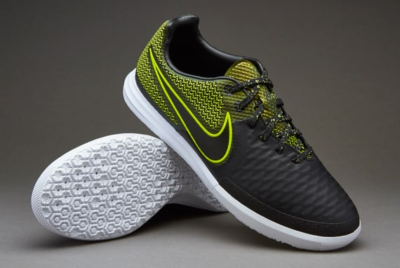 chaussure-football-nike-magista-x-finale-black-volt-2