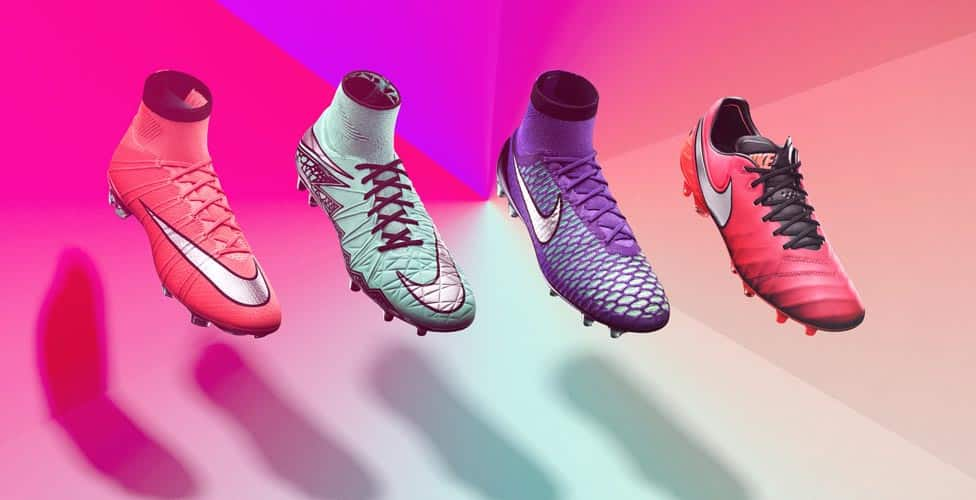 http://www.footpack.fr/wp-content/uploads/2016/02/chaussure-football-nike-metal-flash-pack-1.jpg