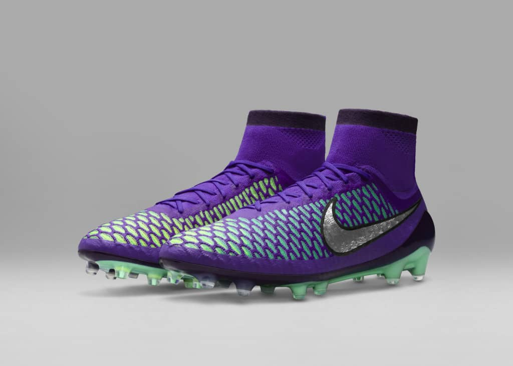chaussure-football-nike-metal-flash-pack-magista-violet