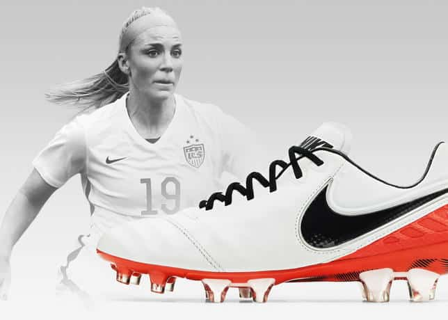 http://www.footpack.fr/wp-content/uploads/2016/02/chaussure-football-nike-tiempo-legend-6-julie-johnston-1.jpg