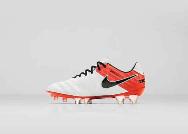 chaussure-football-nike-tiempo-legend-6-julie-johnston-4