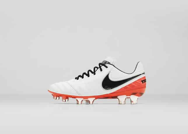 chaussure-football-nike-tiempo-legend-6-julie-johnston-5
