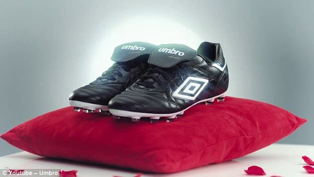 chaussure-football-pepe-umbro-speciali-2