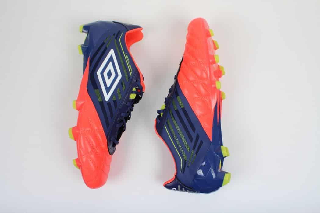 http://www.footpack.fr/wp-content/uploads/2016/02/chaussure-football-umbro-medusae-2016-3-min-1050x700.jpg
