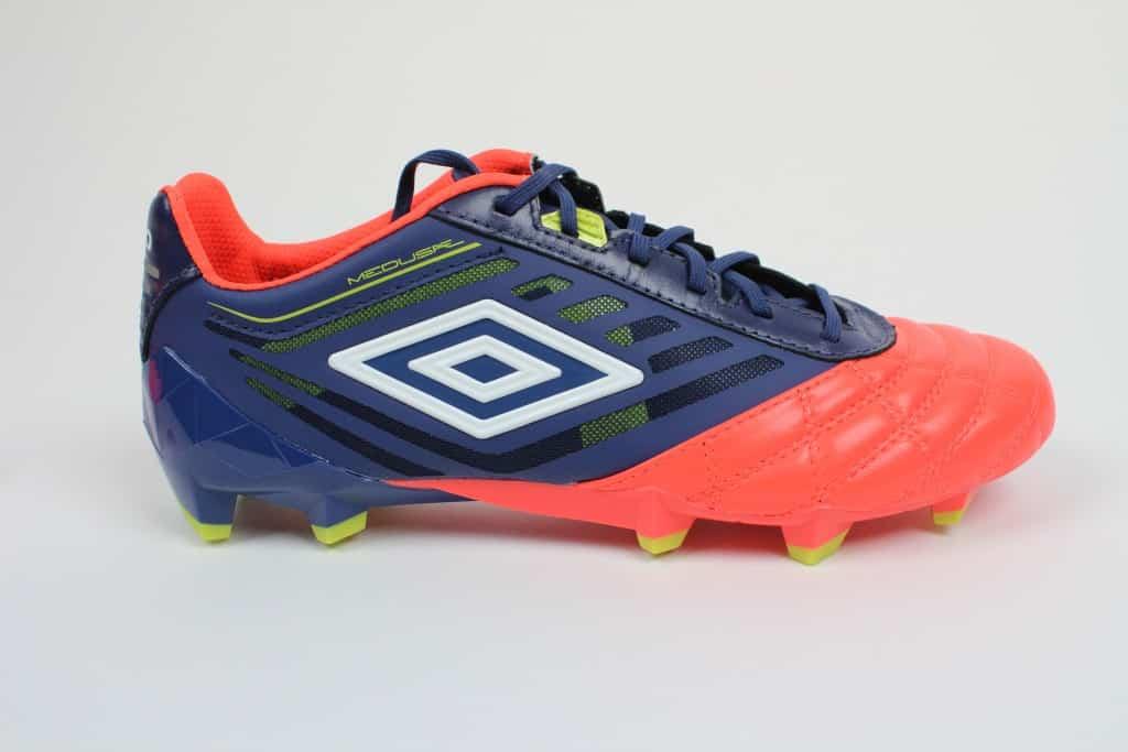 chaussure-football-umbro-medusae-2016-5-min