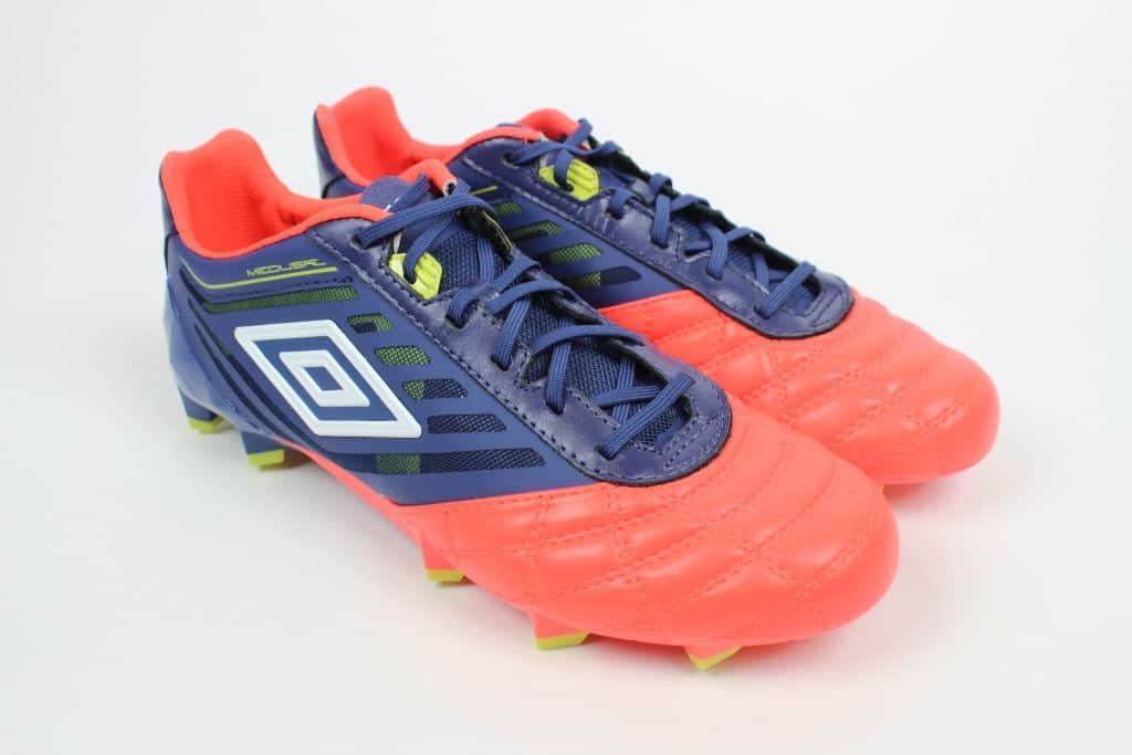 chaussure-football-umbro-medusae-2016-7-min