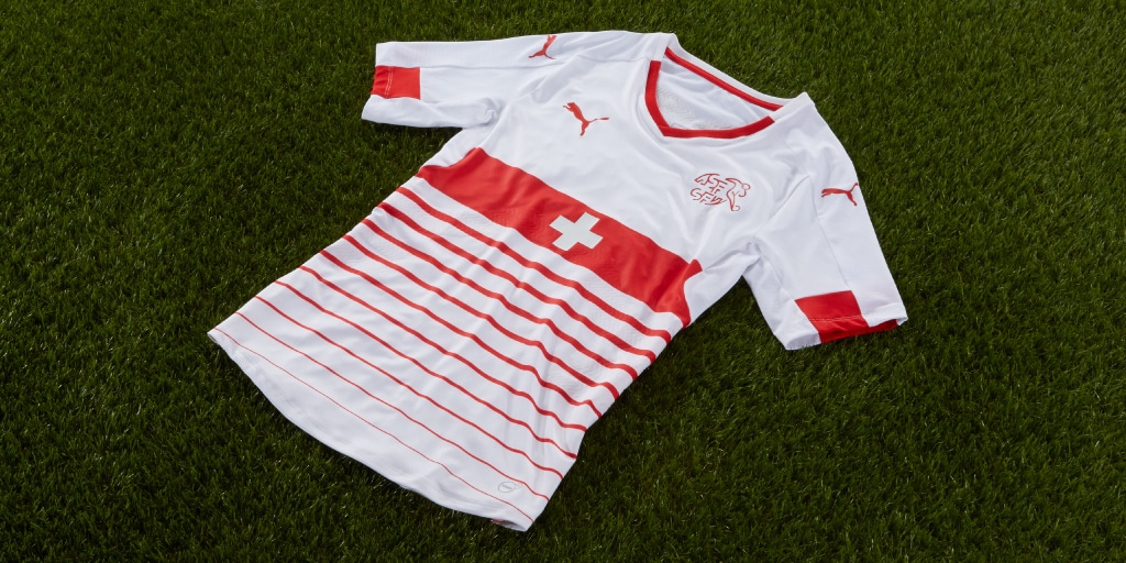 http://www.footpack.fr/wp-content/uploads/2016/02/maillot-suisse-exterieur-euro-2016.jpg