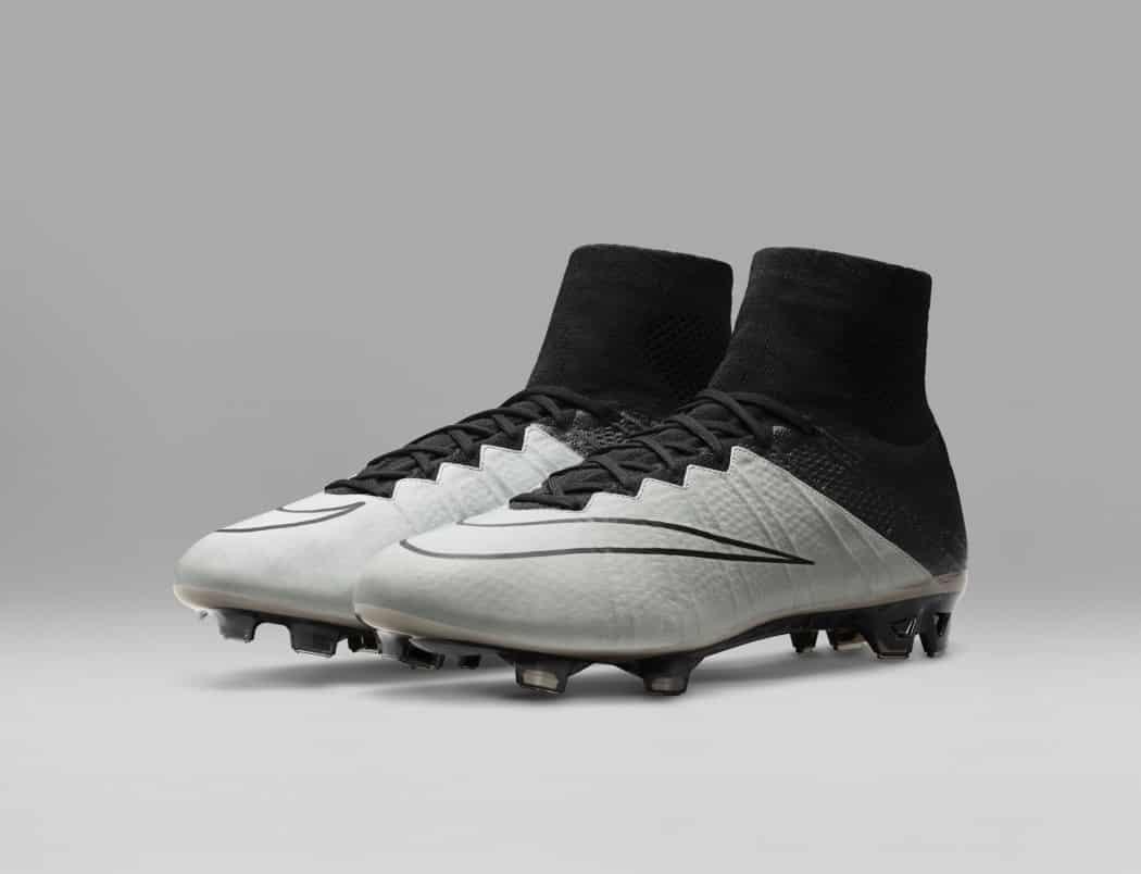 http://www.footpack.fr/wp-content/uploads/2016/02/pack-chaussure-foot-nike-tech-craft-cuir-2016-1050x804.jpg