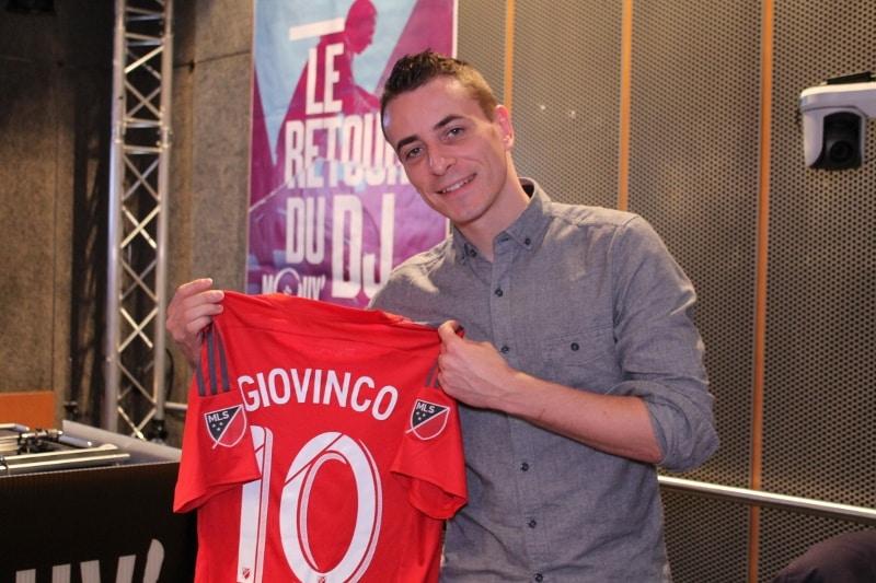 http://www.footpack.fr/wp-content/uploads/2016/03/Grégoire-Godefroy-présentateur-MLS-Sunday-Soccer-Show-Toronto-FC.jpg