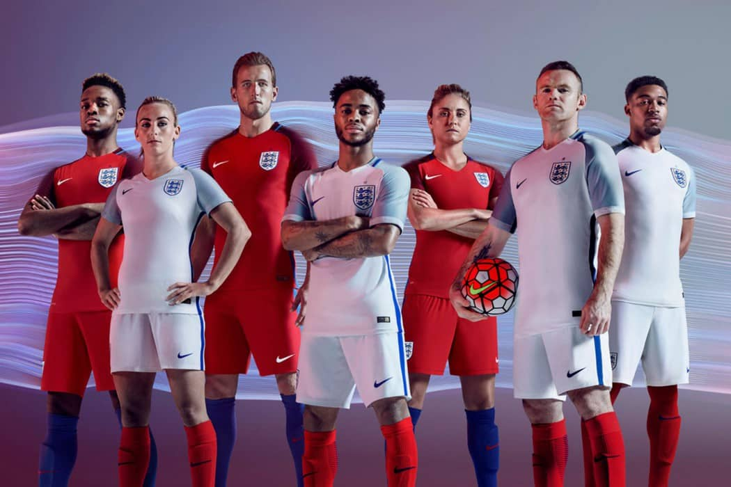 http://www.footpack.fr/wp-content/uploads/2016/03/New-England-kits-1050x700.jpg