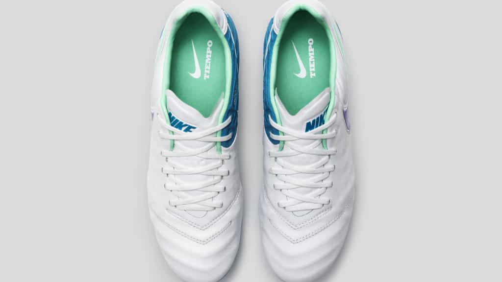 chaussure-foot-nike-2016-femme-pack-radiant-tiempo-3