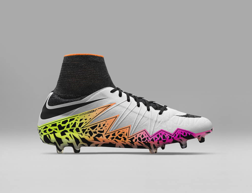 chaussure-football-nike-hypervenom-pack-white-reveal