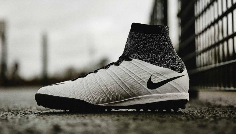 chaussure-football-nike-mercurial-x-proximo-blanc-noir-1