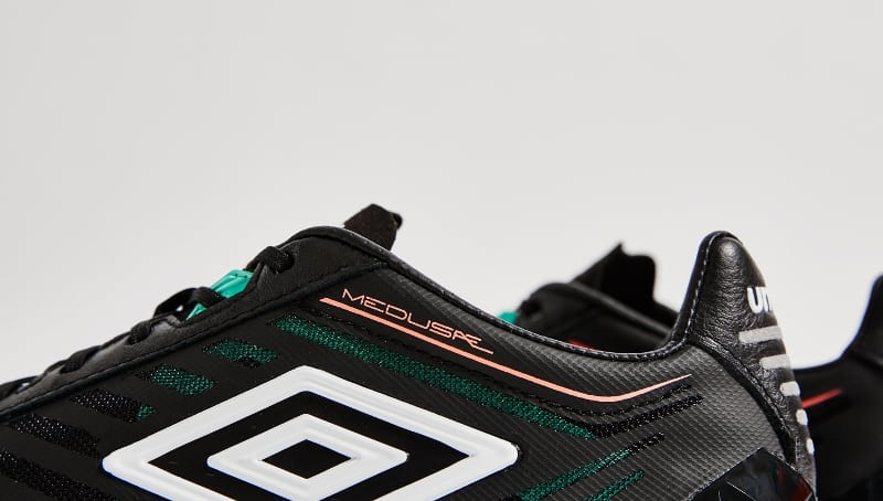 chaussure-football-umbro-medusae-black-5