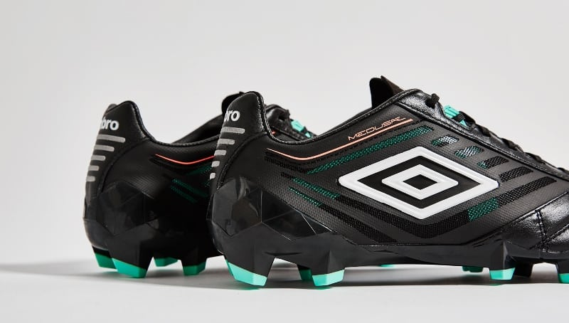 chaussure-football-umbro-medusae-black-7