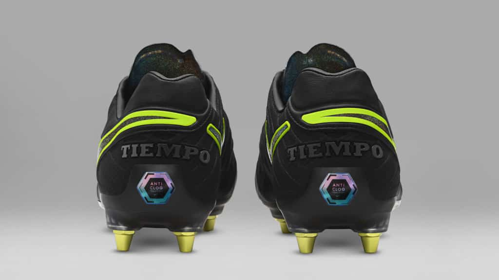 technologie-nike-anti-clog-chaussure-foot-tiempo-legend