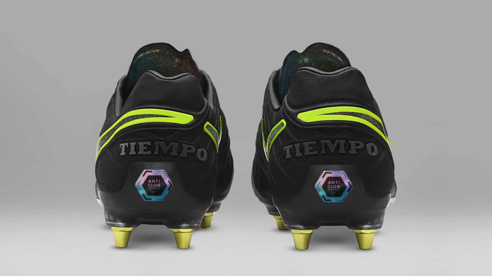technologie-nike-anti-clog-chaussure-foot-tiempo-legend