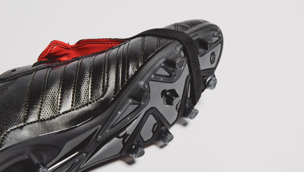 chaussure-football-adidas-gloro-15-noir-rouge-5