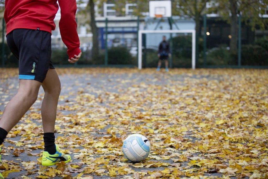 chaussure-football-puma-evostreet-4-min