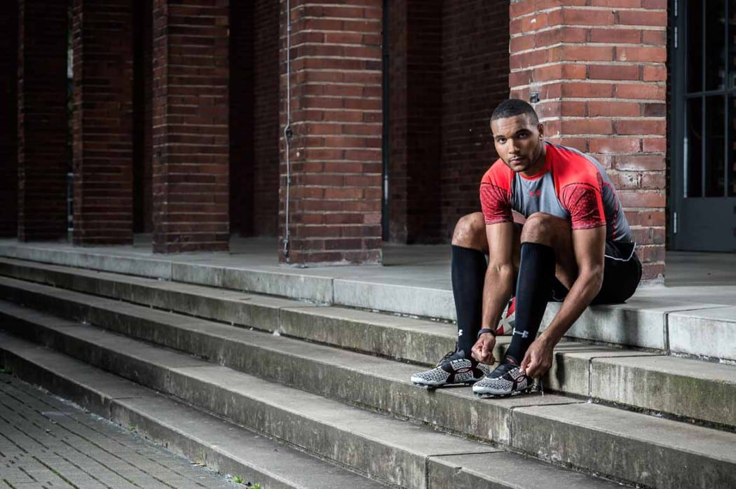 http://www.footpack.fr/wp-content/uploads/2016/04/chaussures-football-Jonathan-Tah-Under-Armour-2-1050x698.jpg