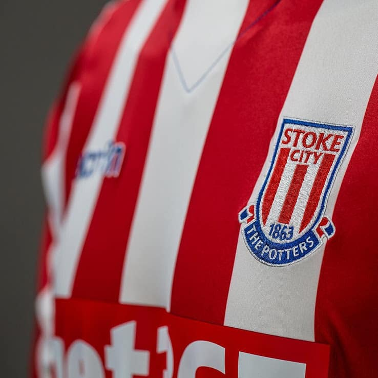 maillot-domicile-stoke-city-2016-2017-logo