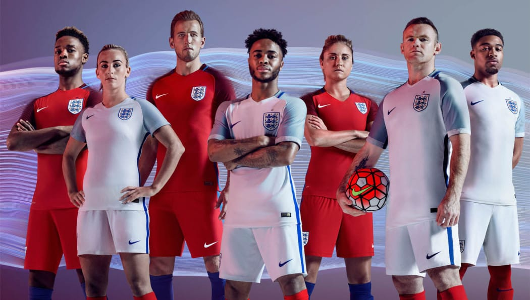 http://www.footpack.fr/wp-content/uploads/2016/05/angleterre-equipe-euro-2016-nike-maillot-1050x595.jpg