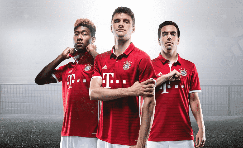 http://www.footpack.fr/wp-content/uploads/2016/05/bayern-maillot-11.png