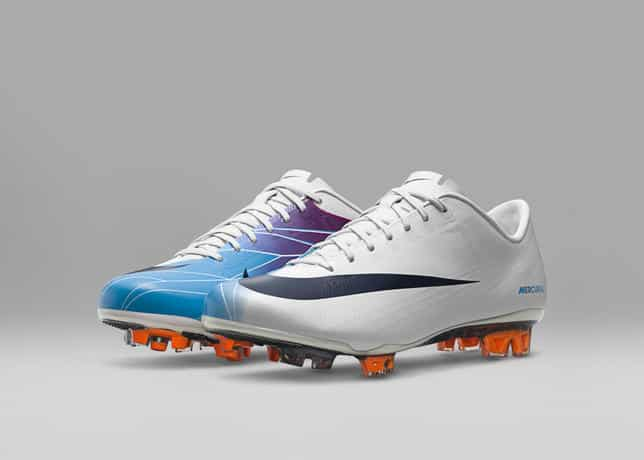 chaussures-football-2011_Nike_Mercurial_Vapor_Superfly_II