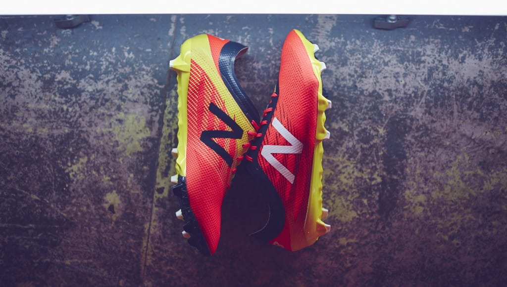 chaussures-football-New-Balance-Furon-2-Galaxy-2