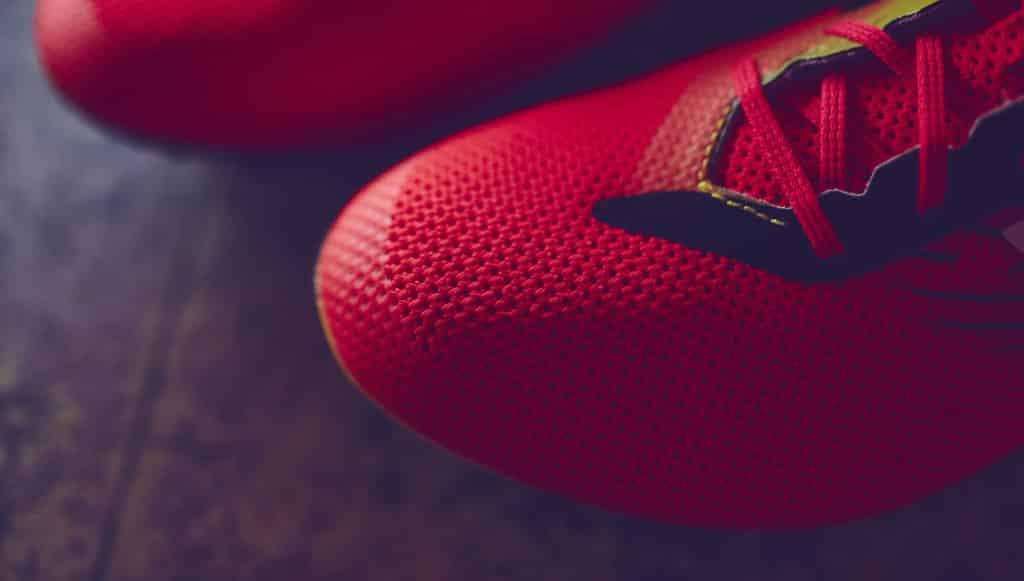 chaussures-football-New-Balance-Furon-2-Galaxy-4