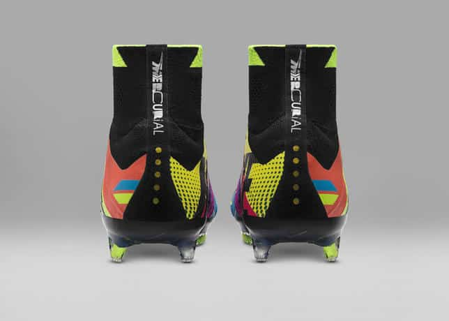chaussures-football-Nike_What_the_Mercurial-7